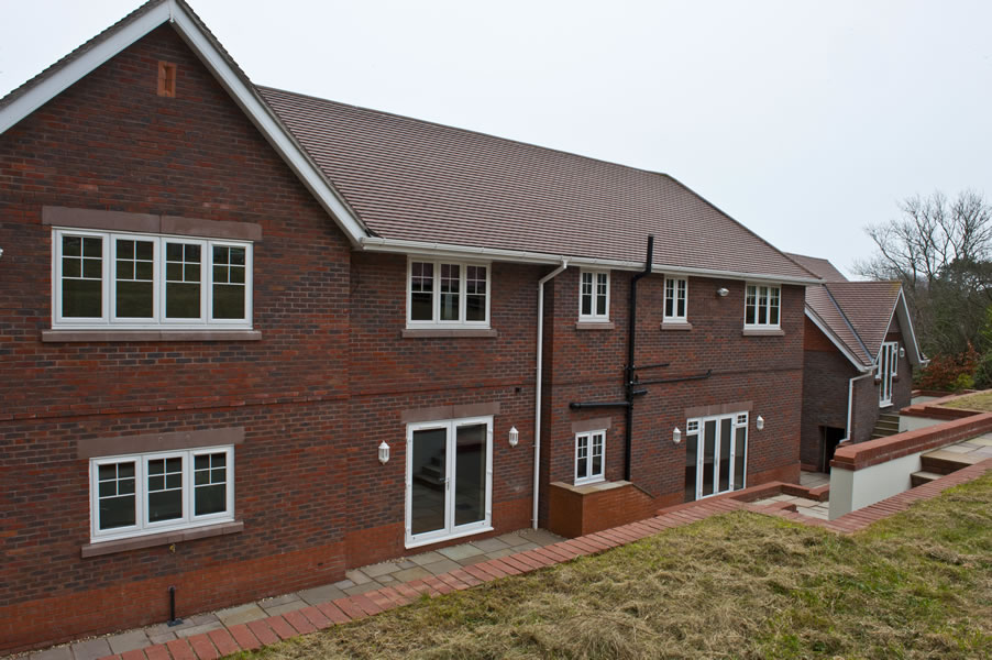 Oakwood, Oak Drive: Plot 11
